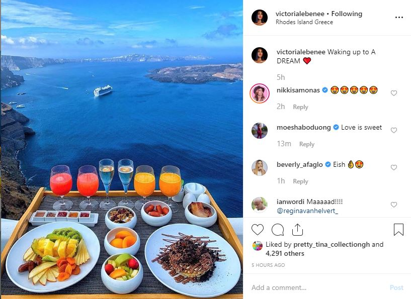 Victoria Lebene & Hubby On Honeymoon In Greece