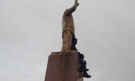 Update: 'On top of Statue Lover' arrested by Police 19