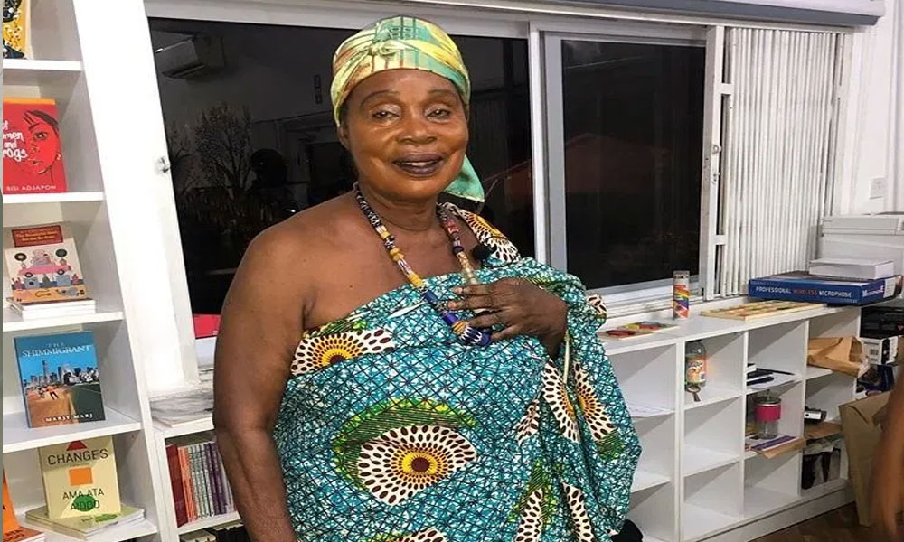 Any man who washes a lady's panties is cursed for life - Maame Dokono reveals (VIDEO) 1